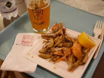 Birra Baladin Mielika Honey Ale and mixed fried fish