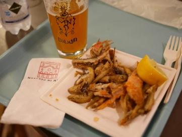 Birra Baladin Mielika Honey Ale and mixed fried fish